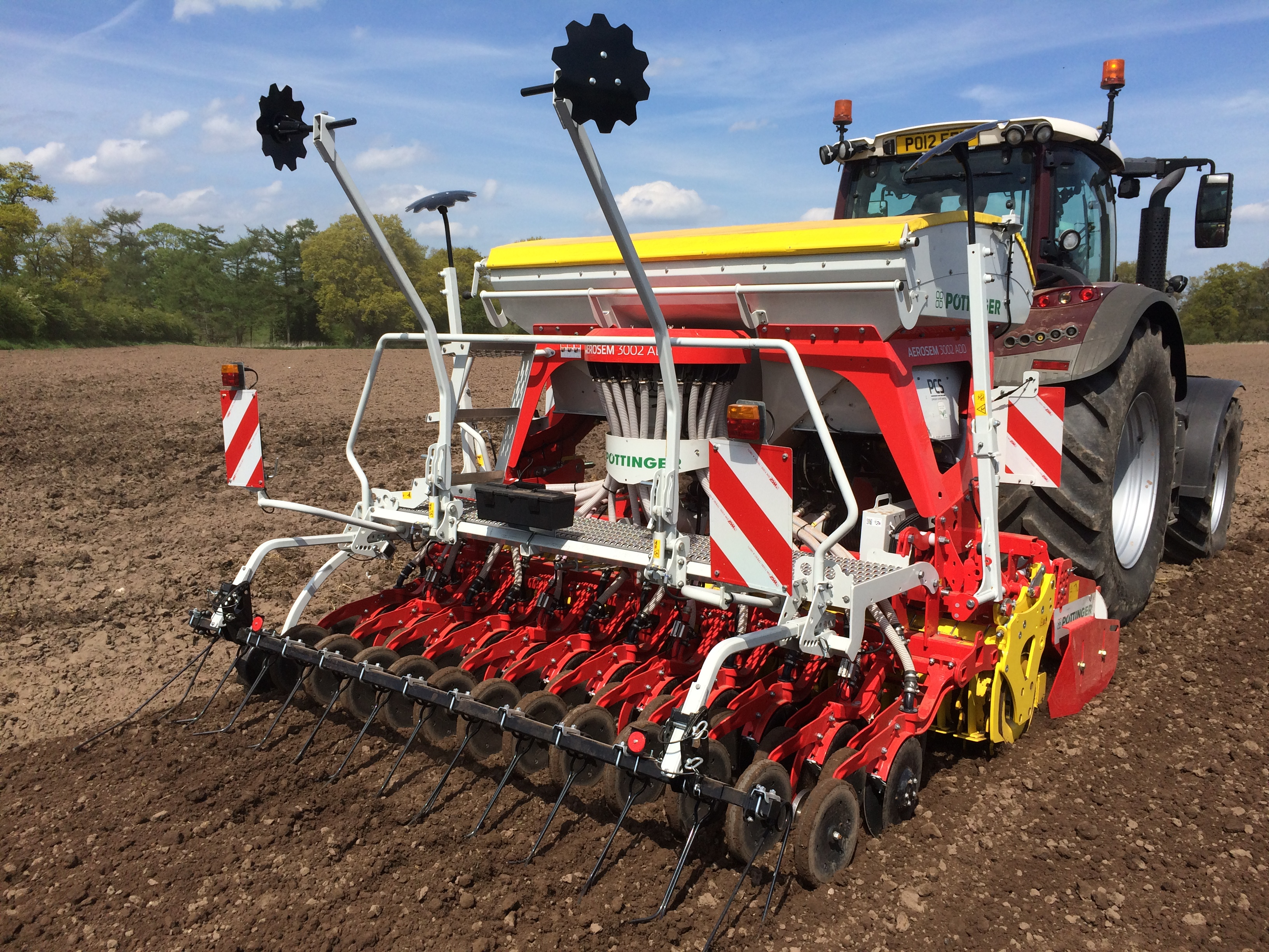 Industry partnership launches companion cropping trials at