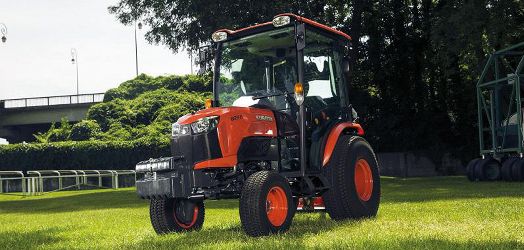 kubota shows its new b series compact tractors at lamma. Black Bedroom Furniture Sets. Home Design Ideas