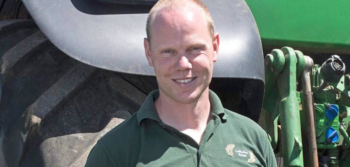 Arable Farmer awarded top trophy at Farmers Weekly Awards