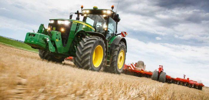 John Deere extends fuel guarantee to the field
