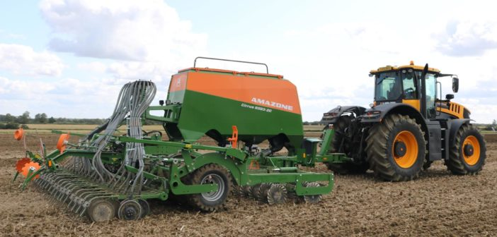 New Cirrus 6003-2C drill working for the first time in the UK at Tillage-Live.