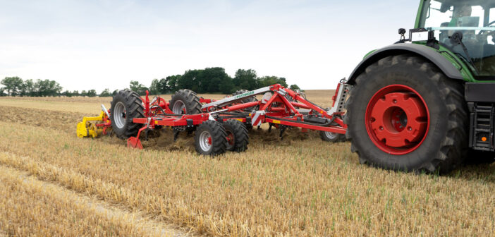 New trailed stubble cultivator from Pöttinger