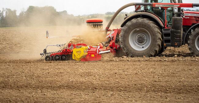 AEROSEM 6002 FDD: New front hopper seed drill
